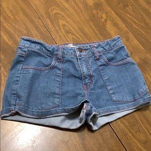 Super cute blue denim jean shorts (size 28)